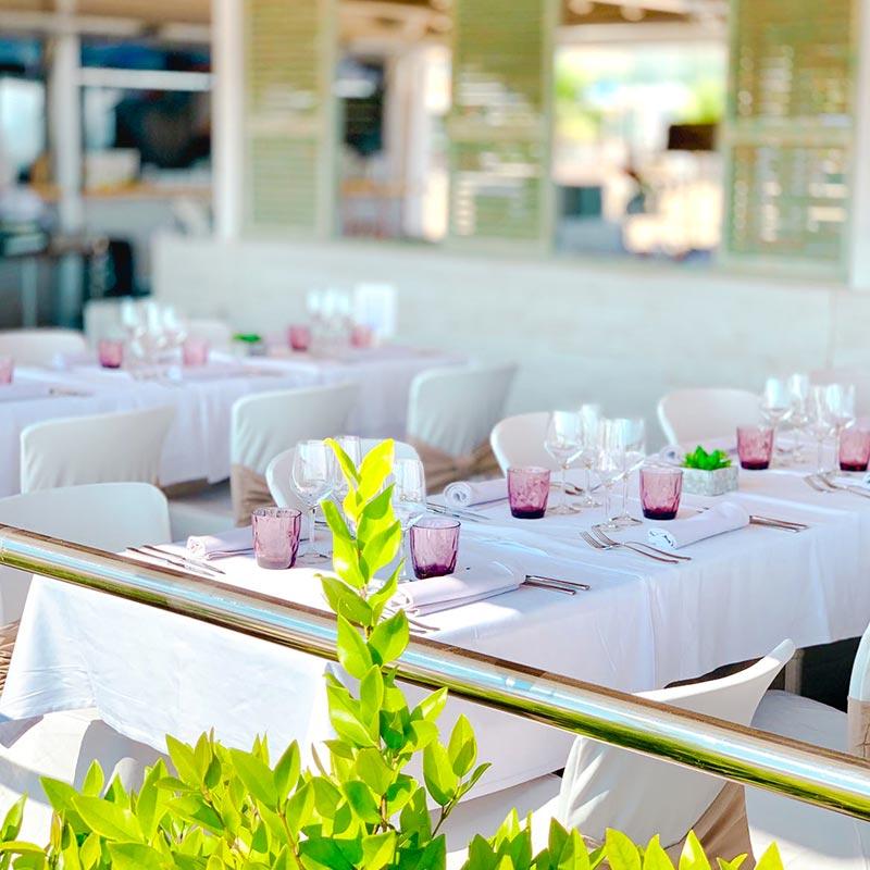 taula-esdeveniment-nui-beach-calella