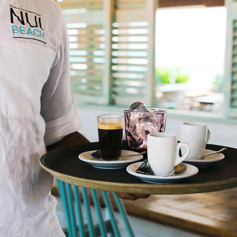 cafe-nui-beach-xiringuito