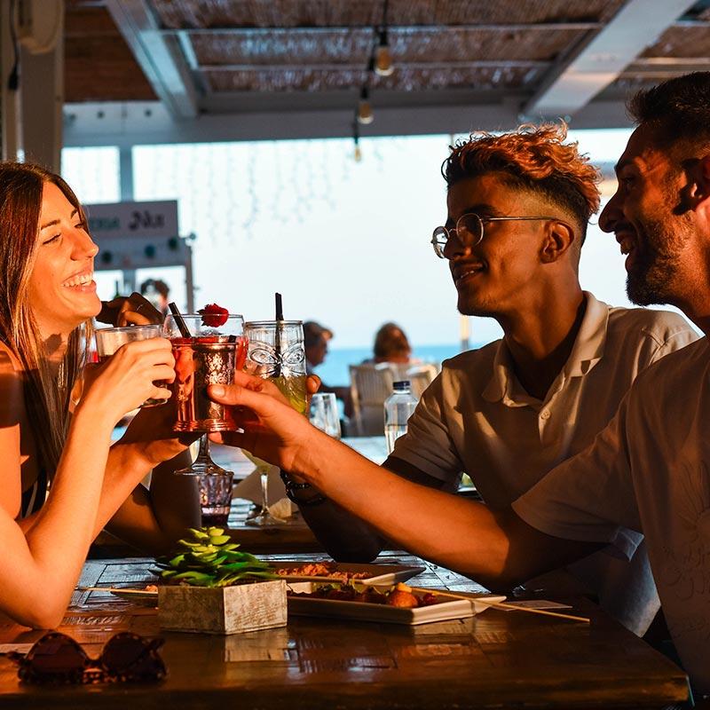 sopar-nui-beach-coctels