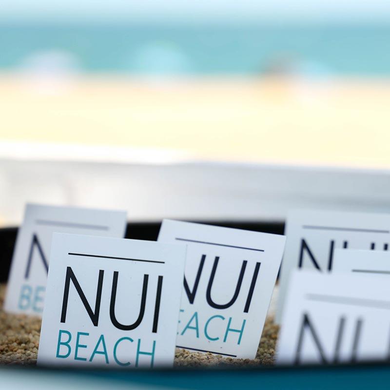 targetes de visita del nui beach