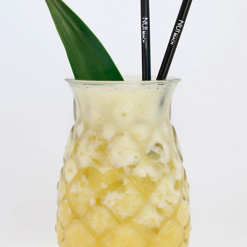 cocktail pinya colada nui beach