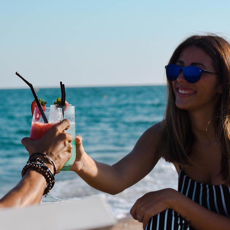 coctels-platja-calella-mar-tumbones